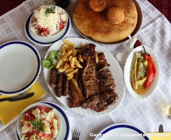 Restoran Lug, Salakovac: Mešano meso
