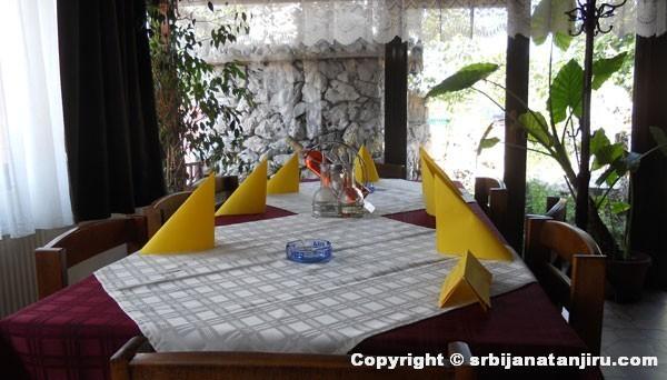 Restoran Lug, Salakovac