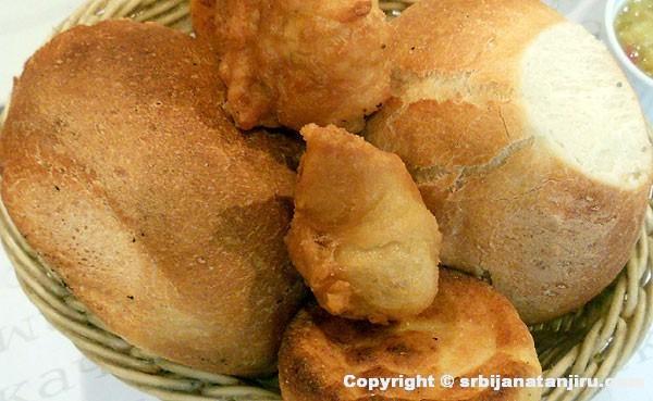 Lepinje, uštipci i projice od belog kukurznog brašna