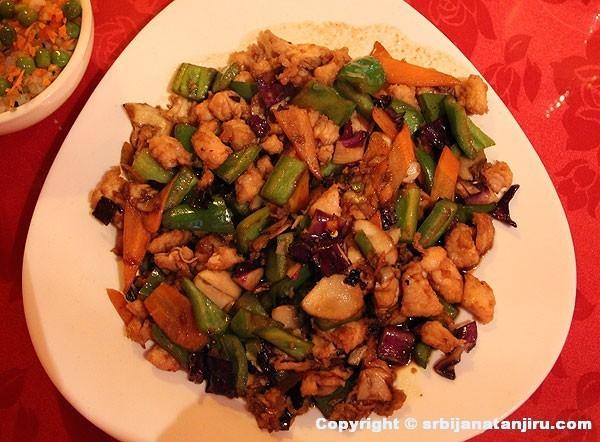 Restoran Li - piletina u pekinškom sosu