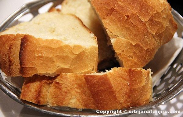 Hleb u gostionici