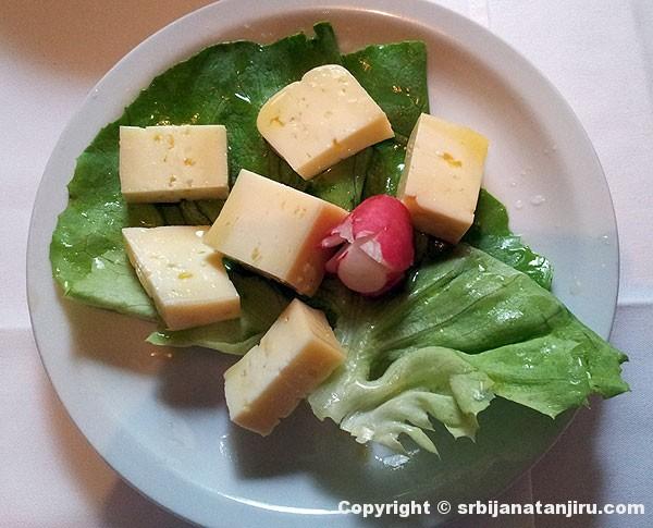 Njeguški sir u ulju