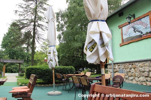 Restoran Lugarnica, bašta restorana