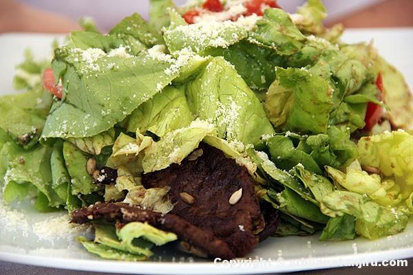Slajs salata