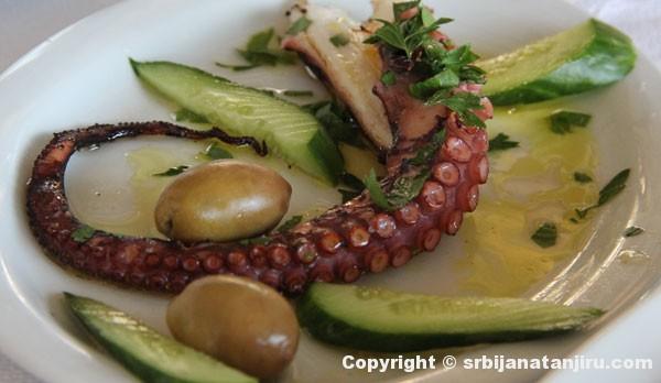 Hobotnica sa roštilja