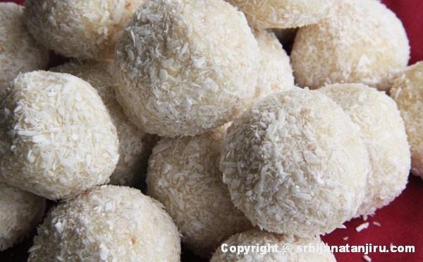 Rafaelo kuglice sa mlevenim keksom i bademima