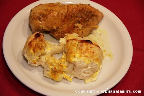 Karfiol s prelivom od sira